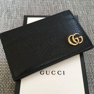Gucci Accessories - Gucci GG Marmont Full-Grain Leather Cardholder